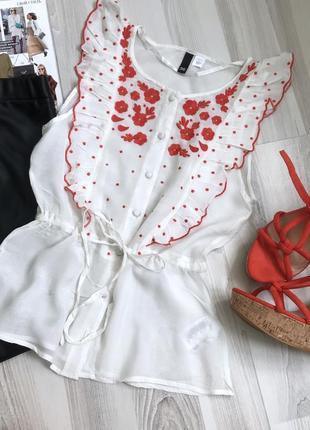 Красивая блуза с вышивкой2