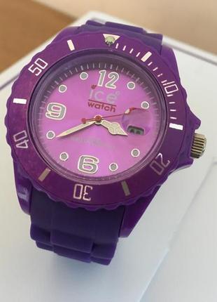 Фирменные часы. бренд ice watch. оригинал.