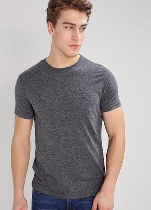 Фирменная стрейчевая футболка серый меланж hilfiger denim