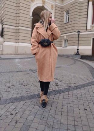 Пальто oversize шерстяное букле на запах