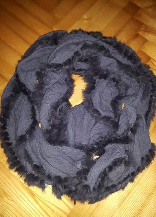Marc cain, теплый длинный шарф с меховым декором!