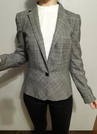 Оригинальный пиджак блейзер с шерстью от дорого бренда