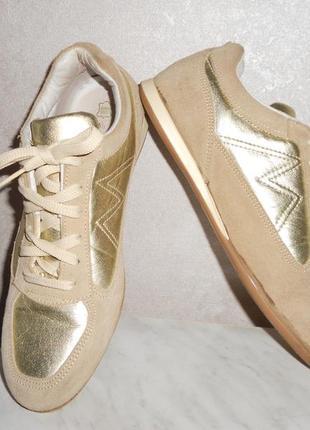 George золотистые кроссовки, р.40, стелька максимально 25,5 см