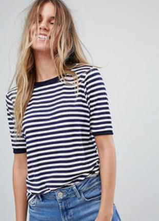 Красивая,стильная,фирменная базовая футболка кроп топ майка хлопок принт полоска