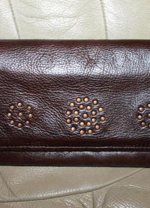 Кожаный кошелек бренда hidesign