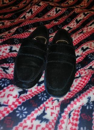 Взуття zara