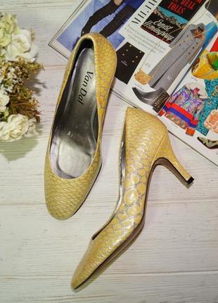 Van dal! кожа! красивые туфли на удобном каблучке