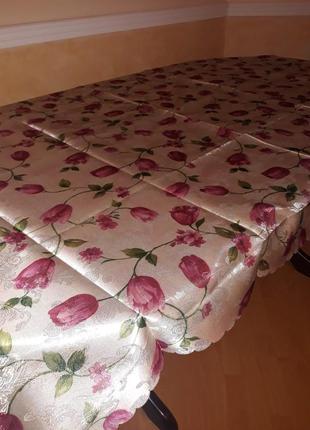 Скатерть тюльпаны 152х220