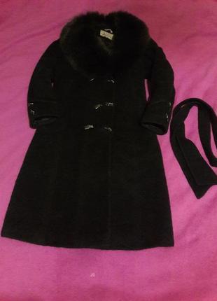 Демисезонное пальто sangust
