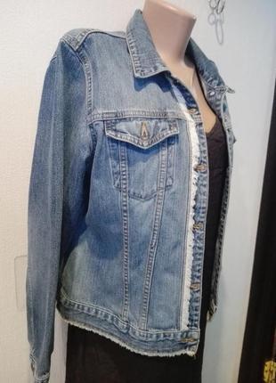 Стильная джинсовая куртка парка весна-лето голубая от arizona