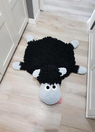 Мягкий плюшевый коврик для детей барашек. серый
