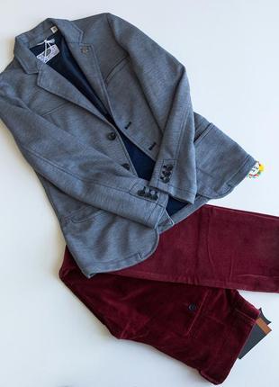 Стильный трикотажный пиджак 10 лет 0313