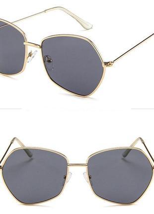 Стильные очки цвета пепел/антрацит