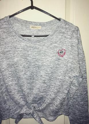 Кофта свитшот пуловер кофточка от ostin серая с завязками сердечко