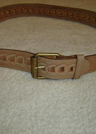 Ремень кожаный длиной 94 см