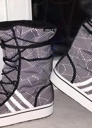 Сапоги демисезонные  adidas 36 р .оригинал