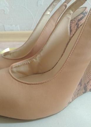 Кожанные туфли босоножки guess оригинал сша