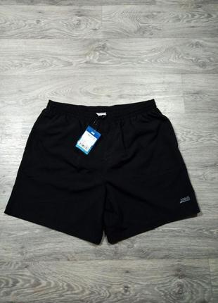 Черные шорты для тренировок zoggs