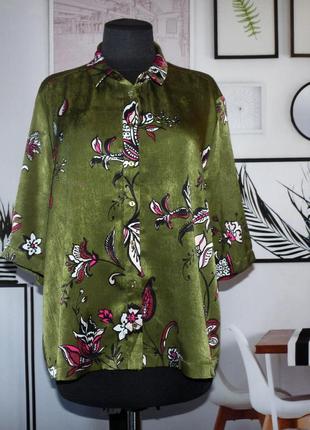 Блуза свободного кроя с цветочным принтом