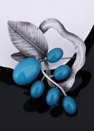 В наличии cтильная брошь гроздья под серебро голубой