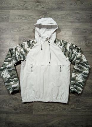 Куртка ветровка белая типа анорак камуфляж