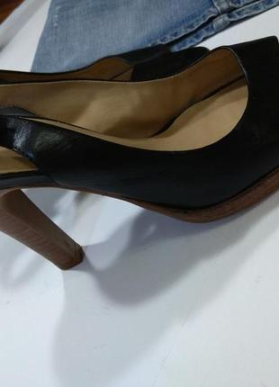 Стильные кожаные босоножки faith классика р.39 на ногу 25,5см