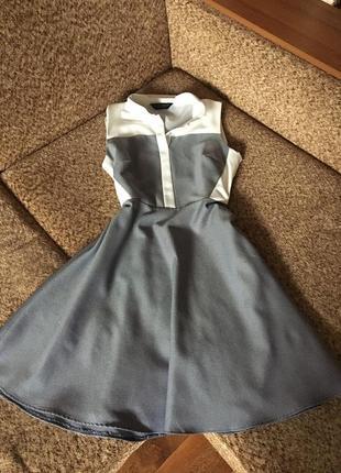 Интересное комбинированое платье