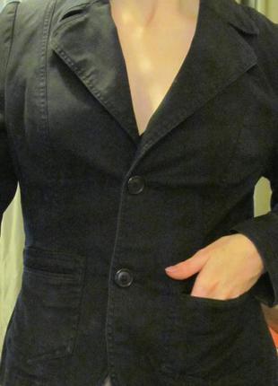 Чёрный джинсовый пиджак