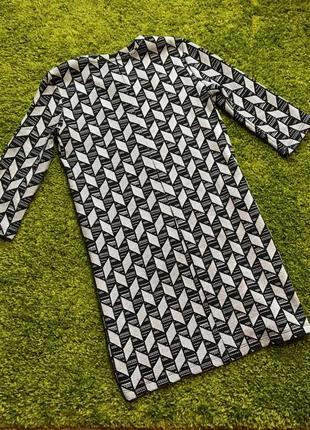Тёплое классное платье zara trafaluc  p.38 или р.м хорошее состояние