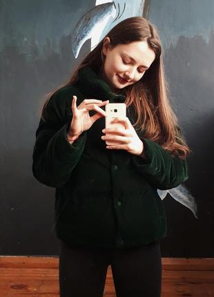 Непередаваемого изумрудного цвета курточка от zara
