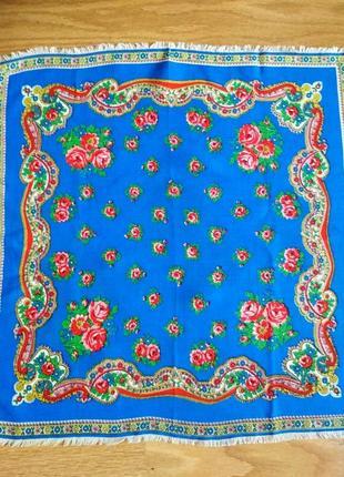 Шерстяной аутентичный шейный платок