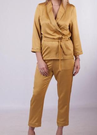 Костюм шёлк в пижамном бельевом стиле zara