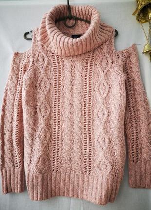 Интересный пудровый свитерок