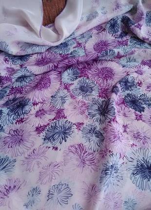 Очень нежный шёлковый платок