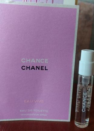Chance eau vive chanel, пробник-cпрей в книжечке 2 мл