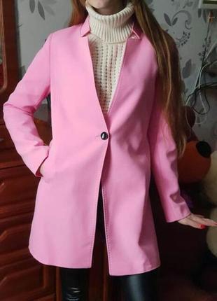 Розовый тренч удлиненный пиджак