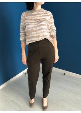 Набор ( брюки и свитер) размер 36