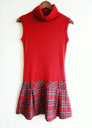 Короткое,   теплое платье terranova без рукав.