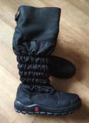 Жіноче зимове взуття фірми rieker