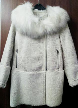 Актуальное теплое пальто с меховым воротником#дубленка, шуба