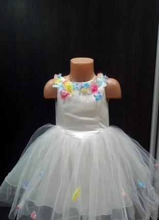 Белое пышное платье,в цветах,фатин,3-4,monsoon