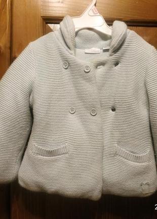 Чудове в'язане пальто для хлопчика