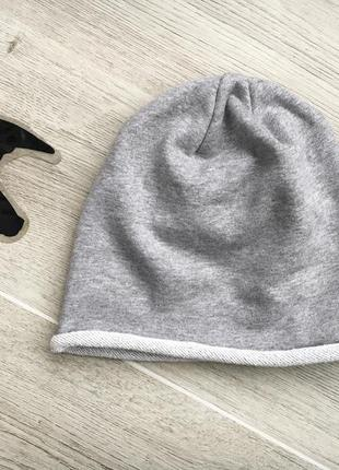 Красивая легкая шапка c&a