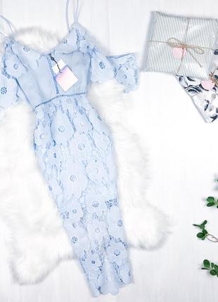 Неймовірна мереживна сукня міді \ кружевное платье миди голубое белое missguided