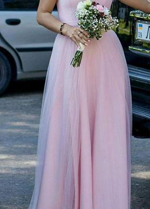 Шикарне плаття для святкових подій