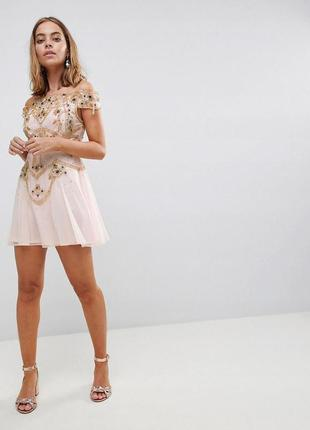 Платье макси с глубоким вырезом frock and frill Frock and Frill ... a040468f8d57b