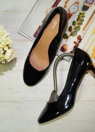 Papaya! базовые фирменные туфли на устойчивой шпильке