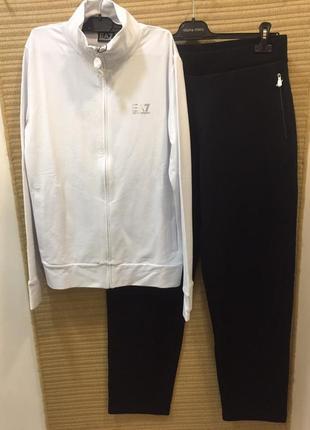 Спортивный костюм для девушки ea7