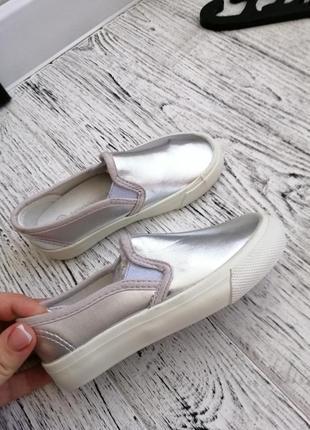 Серебристые кеды мокасины слипоны для девочки 25 26 размер