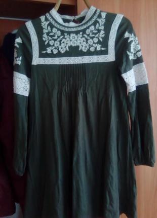 Плаття колір хакі